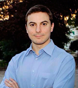 Juan Lobato, 30 años, candidato a alcalde. Tecnico de Hacienda del Estado. Profesor de derecho tributario en la UAM.